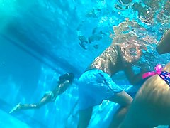 fucking hot teen ass underwater in pool