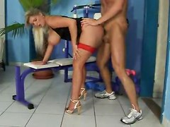 Super Blonde Fuck Amp 039 S In Gym