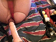 Vacuum Pumped Ass Swallows Many Objects